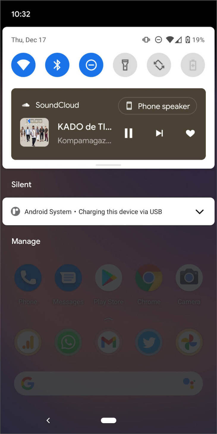 Music control notification on a Google Pixel